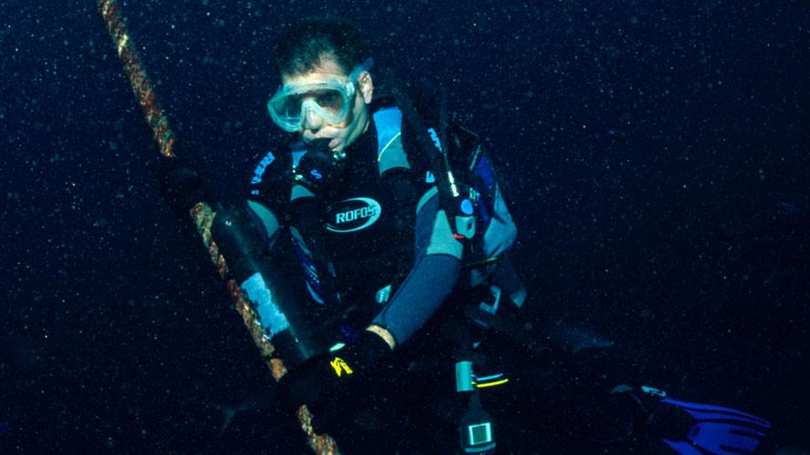 Interview: Dr. Juerg Brunnschweiler, Shark Researcher